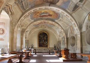 Marcellinus und Petrus Reliquien, Sommerrefektorium, Benediktinerabtei, Seligenststadt